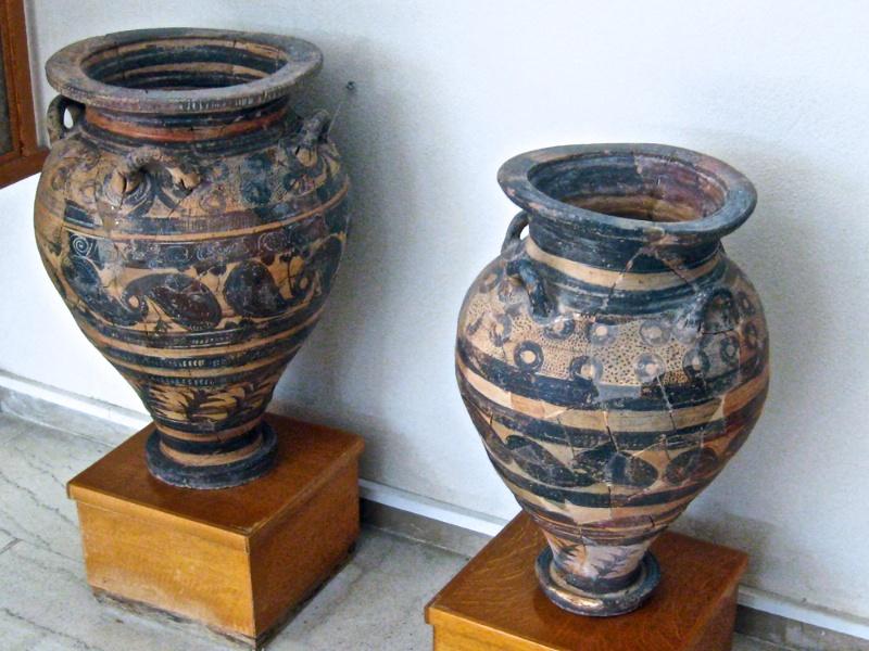 Minoan pottery #1