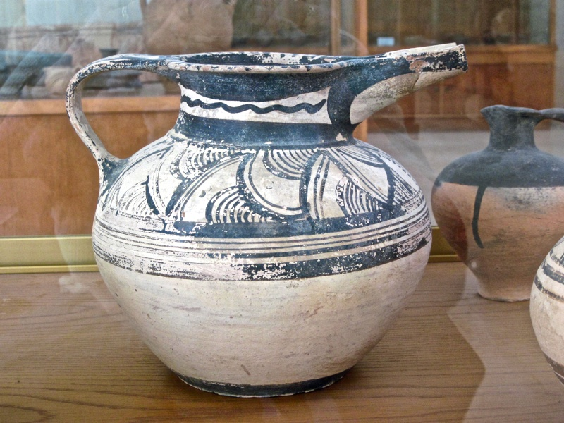 Minoan pitcher