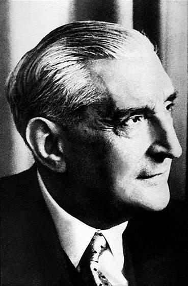 António de Oliveira Salazar, Portuguese dictator 1932–1968