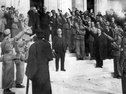 Metaxás being saluted by his followers